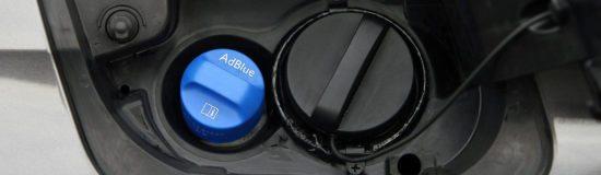 AdBlue Einfüllstutzen - Fahrzeug